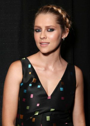 Teresa Palmer - MTV Fandom Awards 2016 in San Diego