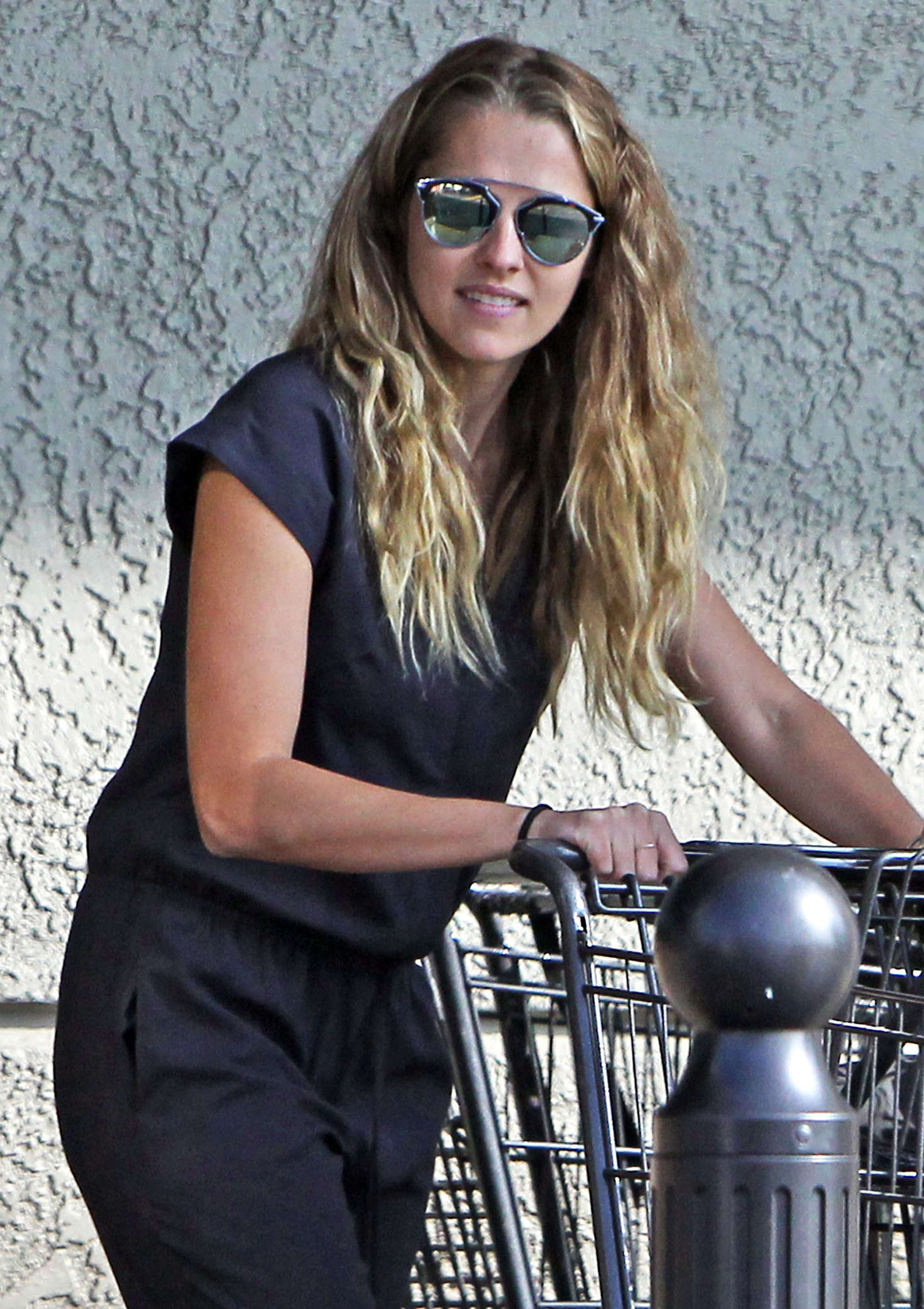 Teresa Palmer - Shopping at Gelson's in Los Feliz