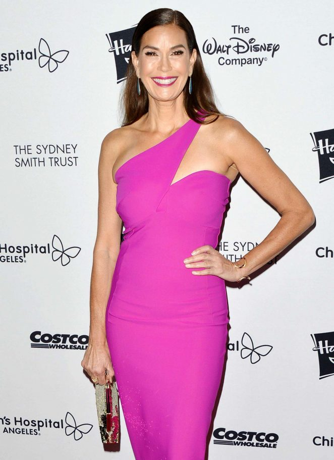 Teri Hatcher - 2018 Children's Hospital Los Angeles 'From Paris With Love' Gala