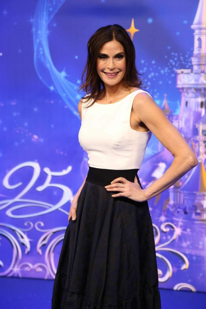 Teri Hatcher - Disneyland 25th Anniversary Celebration in Paris