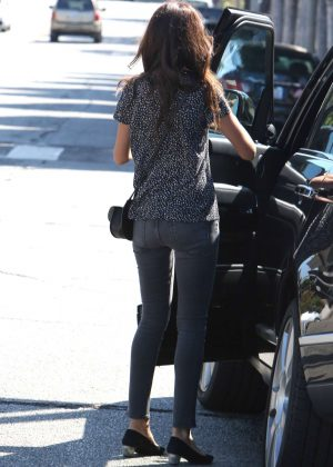 Terri Seymour Shopping at Petit Tresor in West Hollywood