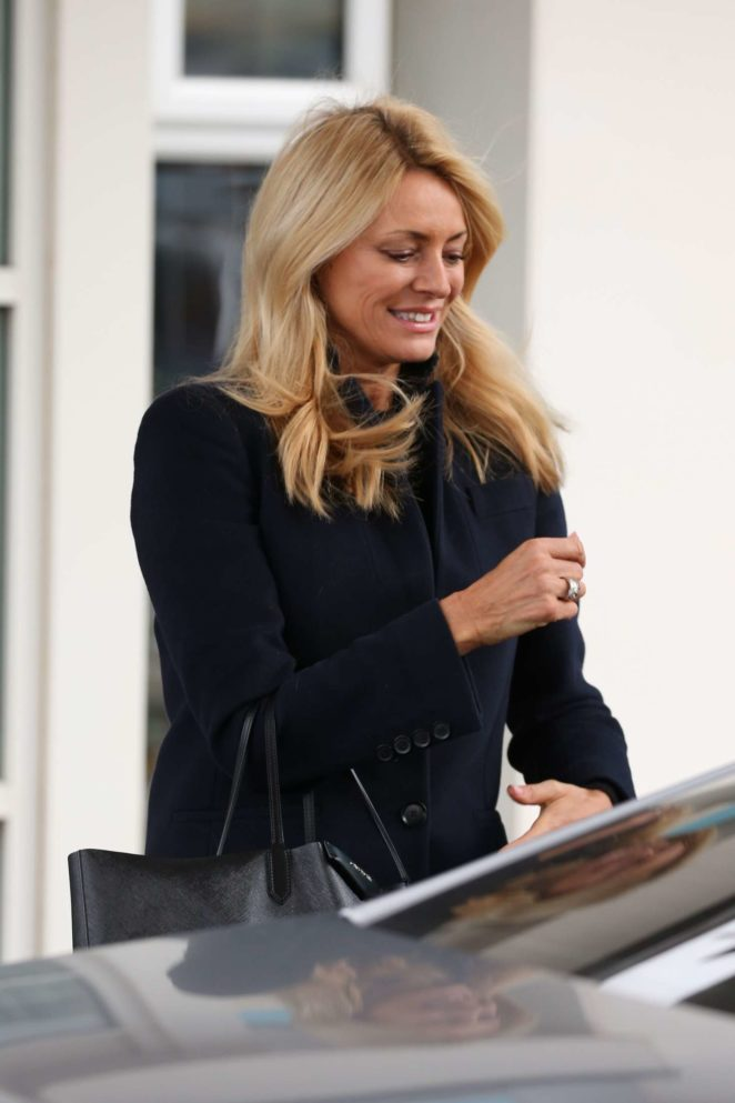 Tess Daly - Leaving her hotel in Blackpool