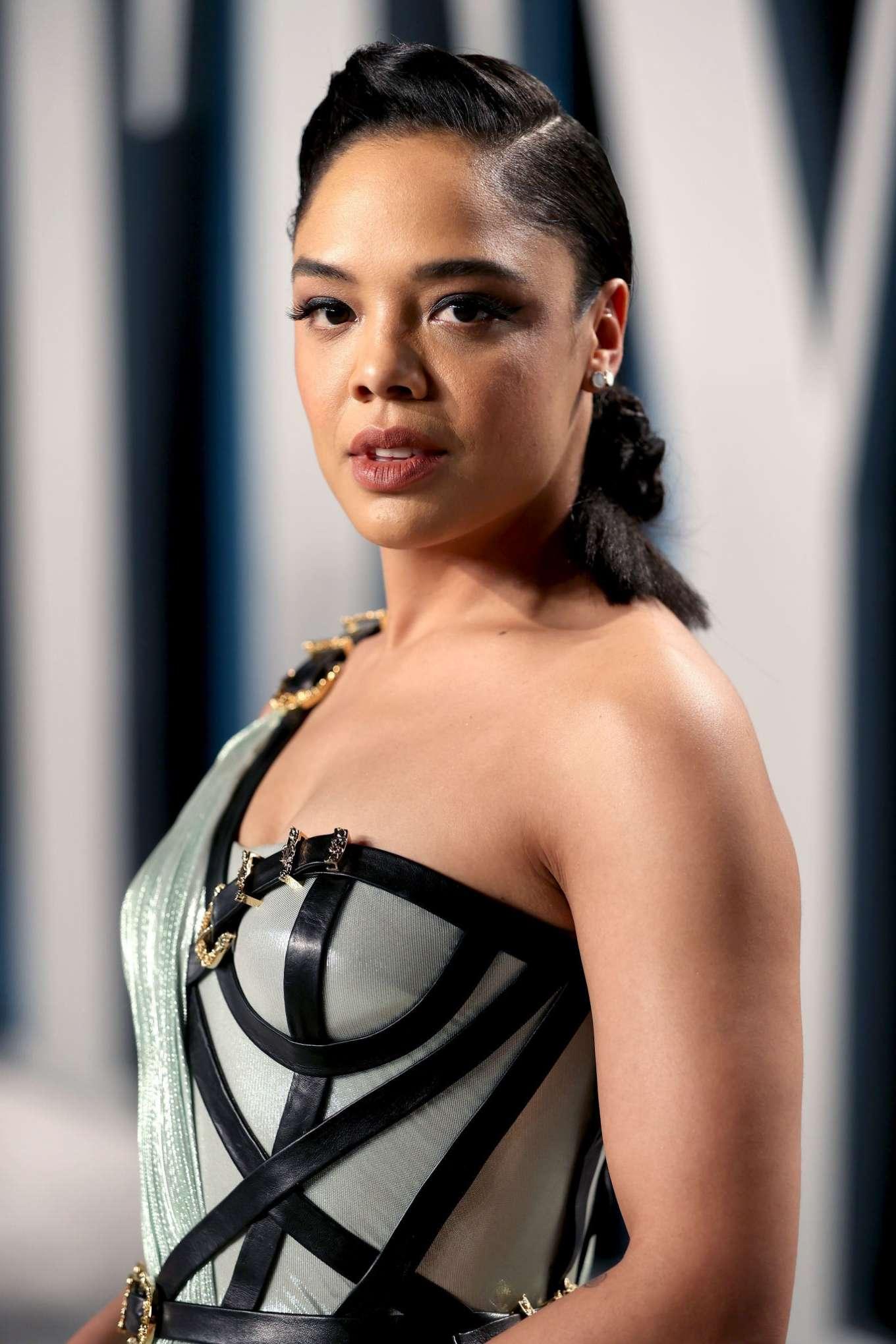 Tessa Thompson 2020 : Tessa Thompson – 2020 Vanity Fair Oscar Party in Beverly Hills-06