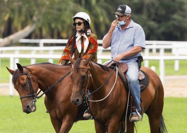 Tessa Thompson - Horse riding lessons in Sydney's Centennial Park