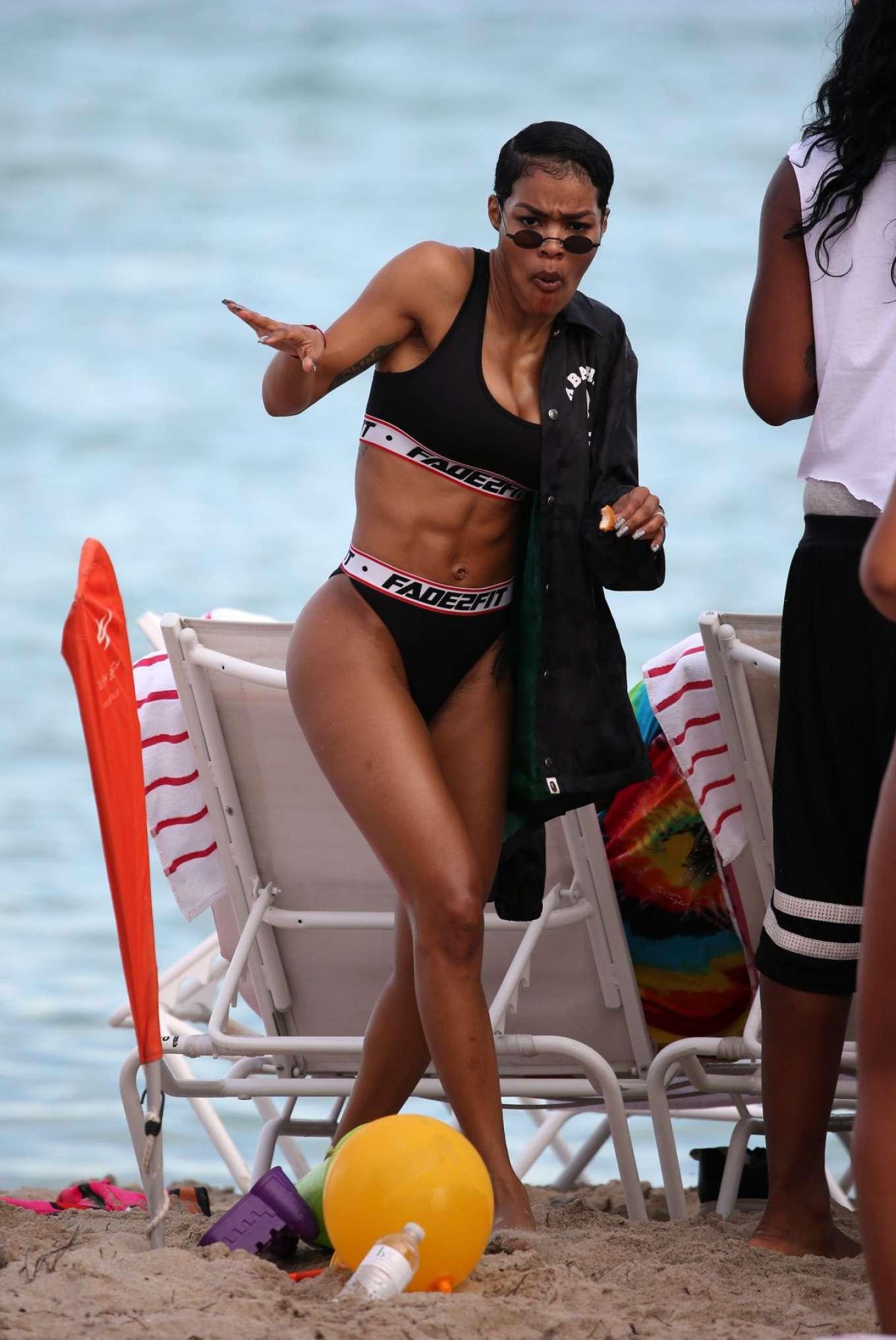 Teyana Taylot in Black Bikini on Miami Beach Pic 8 of 35