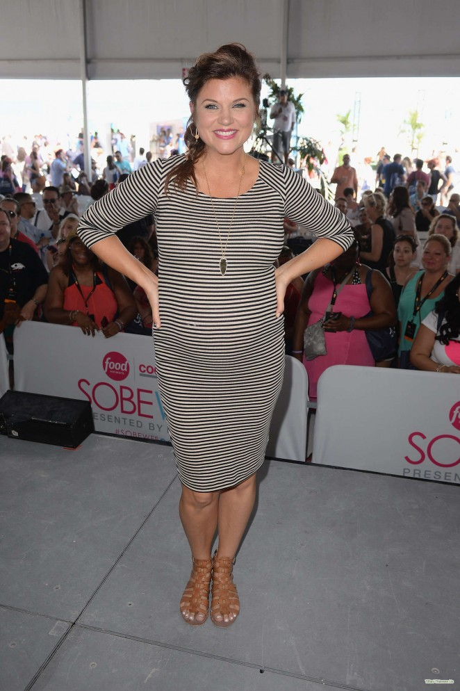 Pregnant Tiffani Thiessen - The Whole Foods Market Grand Tasting Village in Miami Beach