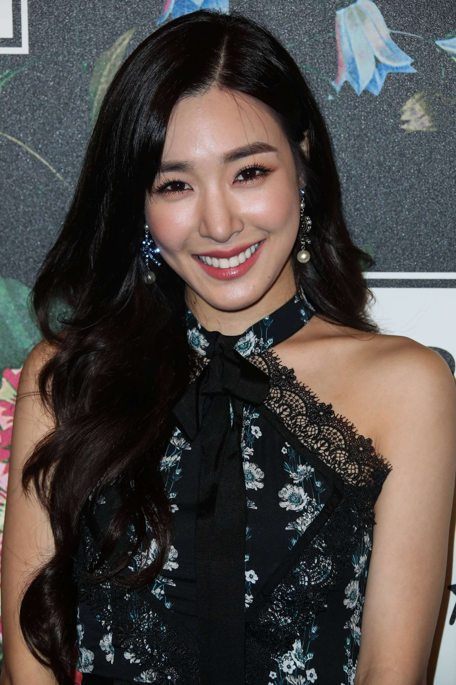 Tiffany Hwang Erdem X H Amp M Launch Event In Los Angeles