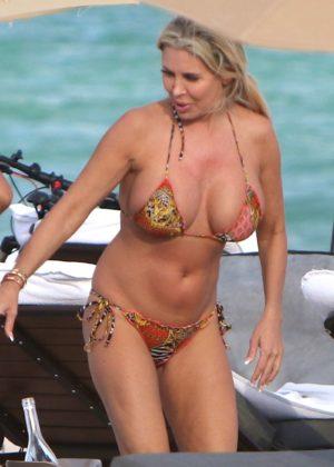 Tiffany in Bikini on the beach in Miami