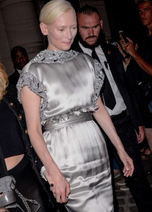 Tilda Swinton - Attends the Vogue Party 2017 in Paris