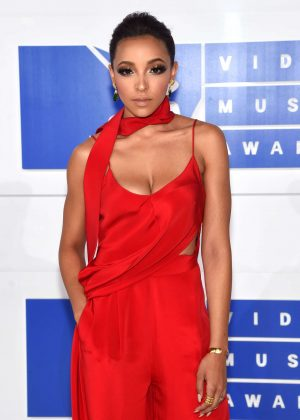 Tinashe - 2016 MTV Video Music Awards in New York City