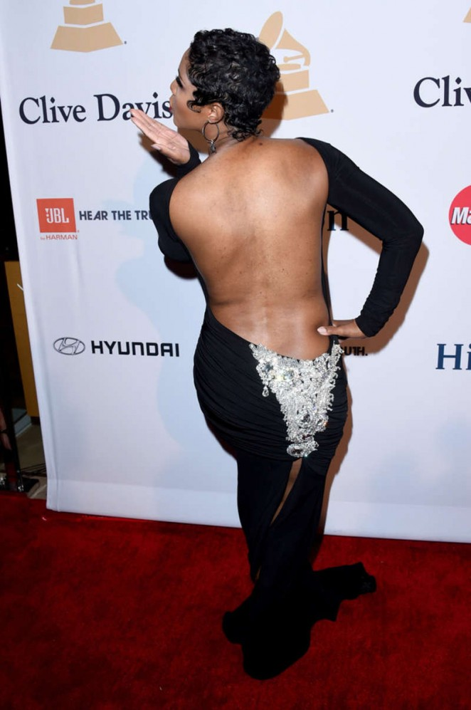 Toni Braxton Short Hairstyles Newhairstylesformen2014 Com
