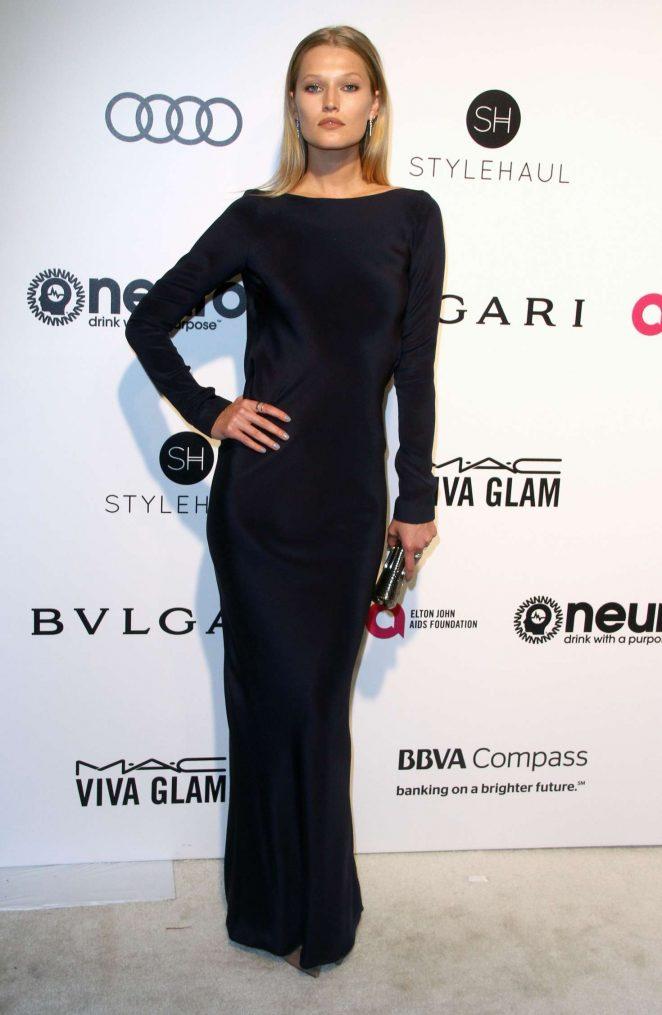 Toni Garrn - 2017 Elton John AIDS Foundation's Oscar Viewing Party in West Hollywood