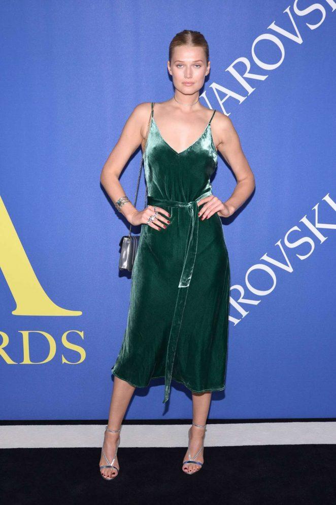 Toni Garrn – 2018 CFDA Fashion Awards In New York