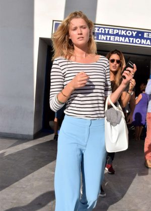 Toni Garrn - Arrives at the airport in Mykonos