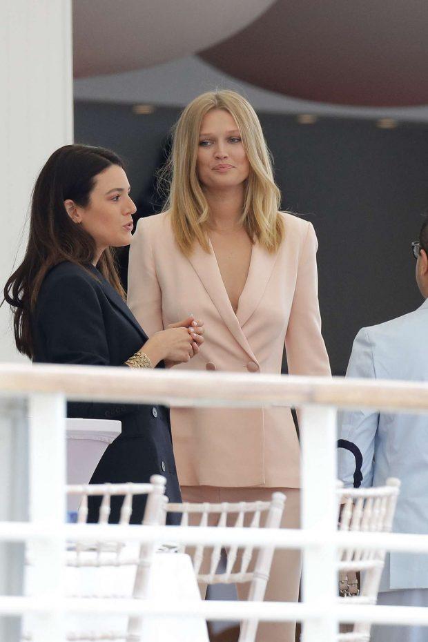 Toni Garrn at Eden Roc Hotel in Cannes