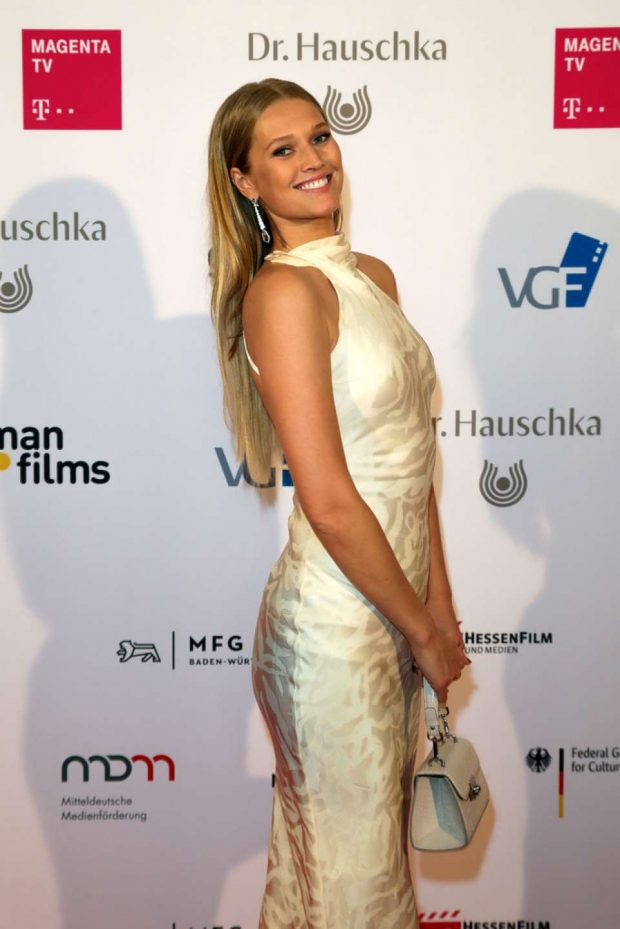 Toni Garrn - German Films x Dr. Hauschka Cocktail in Cannes