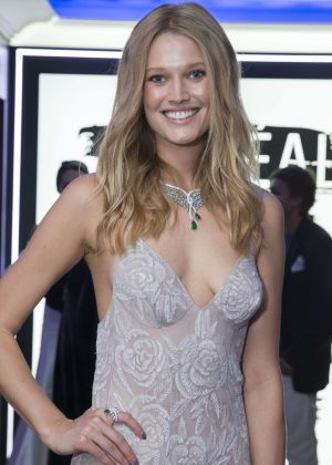 Toni Garrn - L'Oreal Party at 2016 Cannes Film Festival