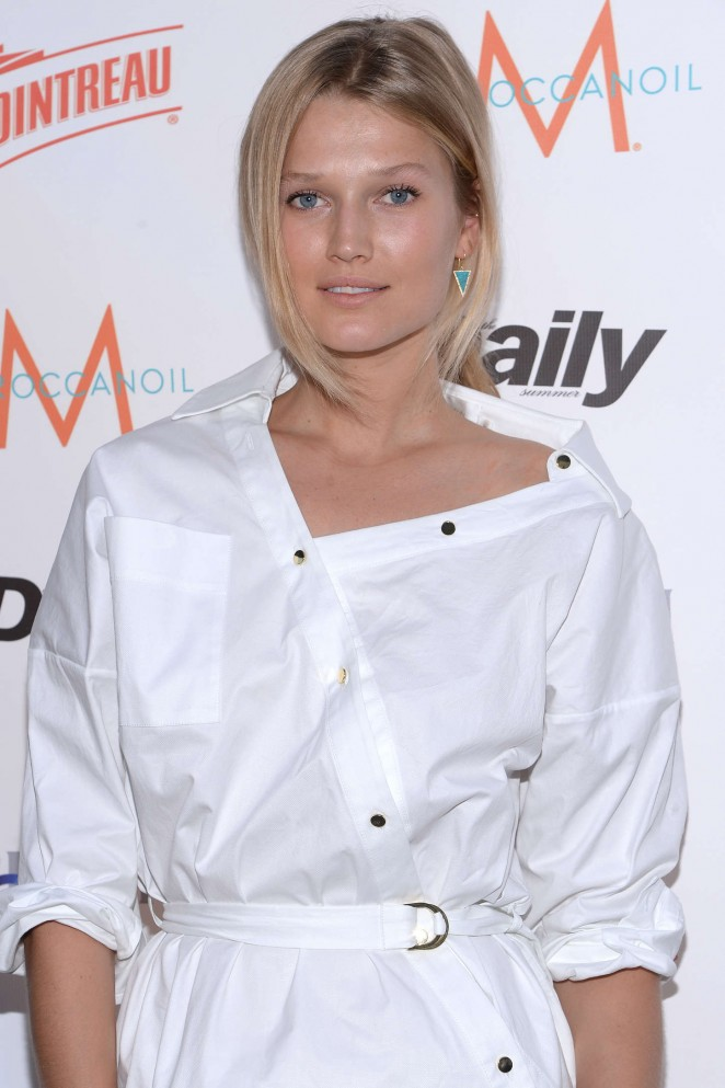 Toni Garrn: The Daily Summer Season Premiere Issue Party -09