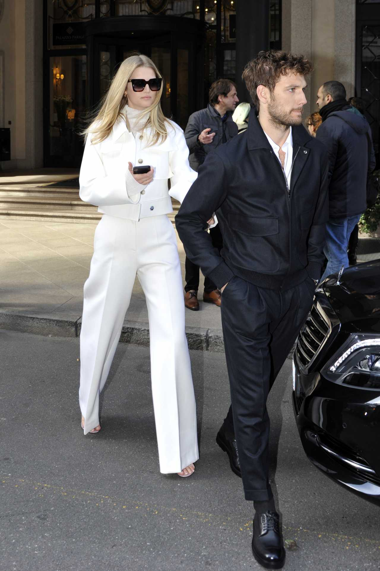 Toni Garrn 2020 : Toni Garrn with Alex Pettyfer – Candids at Hotel in Milan-04