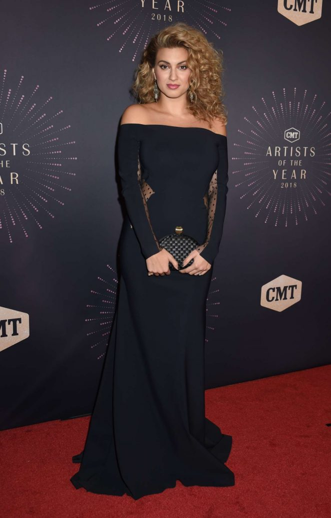 Tori Kelly – 2018 CMT Artists of the Year in Nashville
