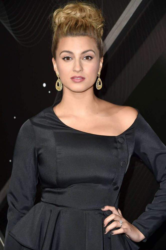 Tori Kelly – American Friends of the Israel Philharmonic Orchestra Los Angeles Gala 2018 in Beverly Hills