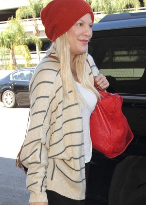 Tori Spelling at Los Angeles International Airport