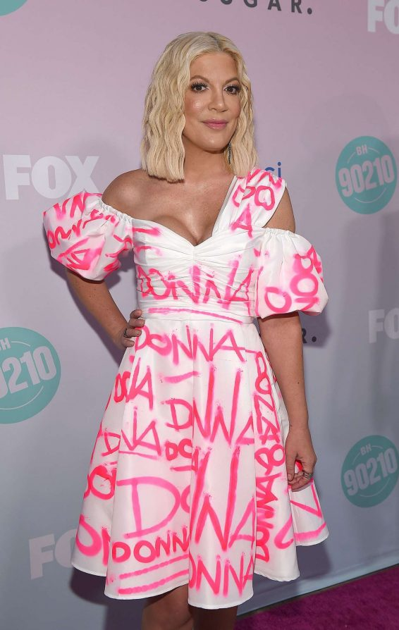 Tori Spelling - BH90210 Peach Pit Pop-Up in Los Angeles