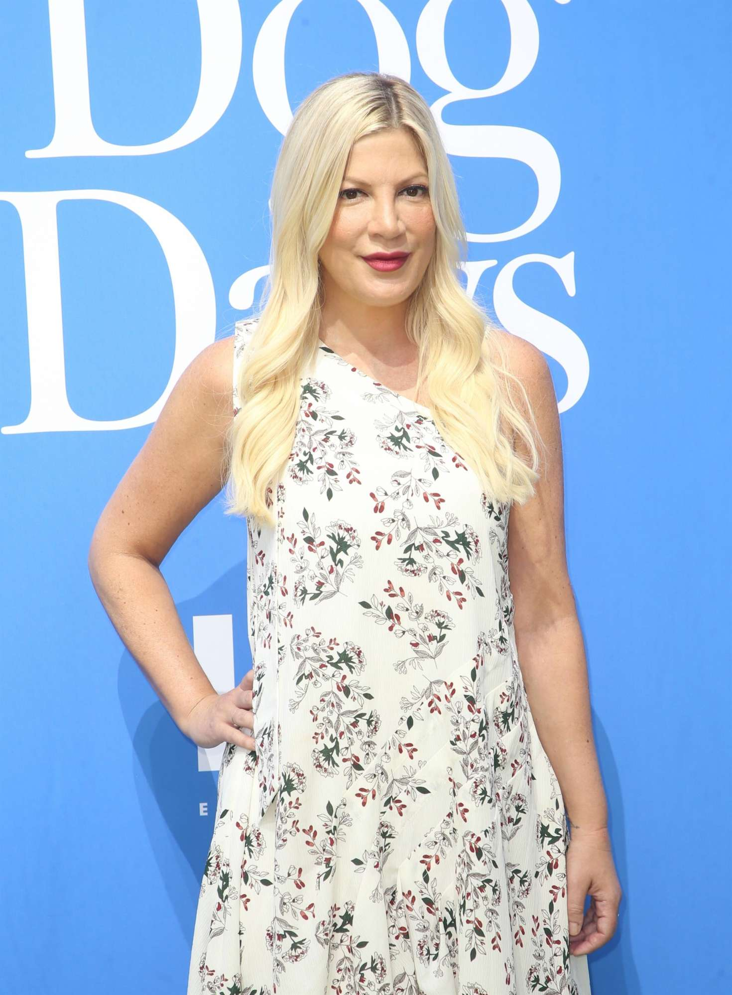 Tori Spelling - 'Dog Days' Premiere in Los Angeles