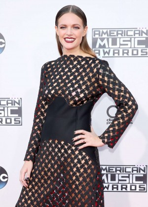 Tove Lo - 2015 AMA American Music Awards in Los Angeles