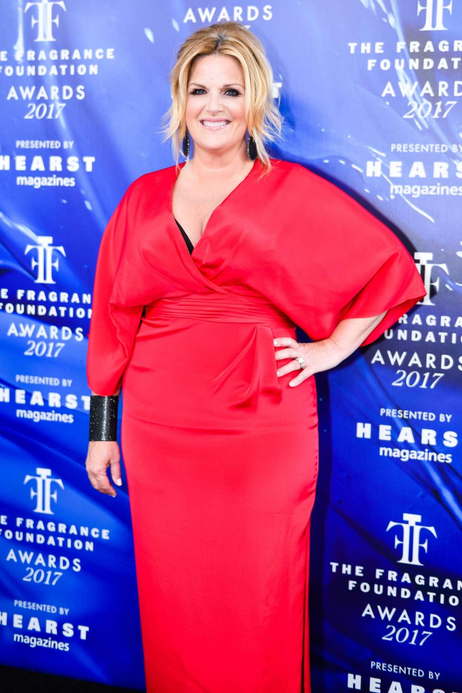 Trisha Yearwood - 2017 Fragrance Foundation Awards in New ...