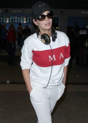 Tulisa Contostavlos - Arriving at LAX Airport in Los Angeles