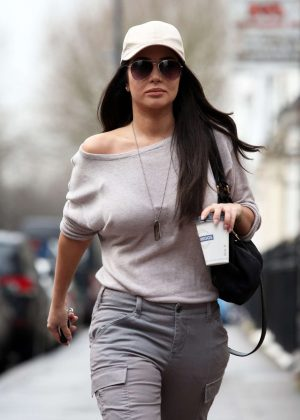 Tulisa Contostavlos - Leaving Universal Music in Kensington