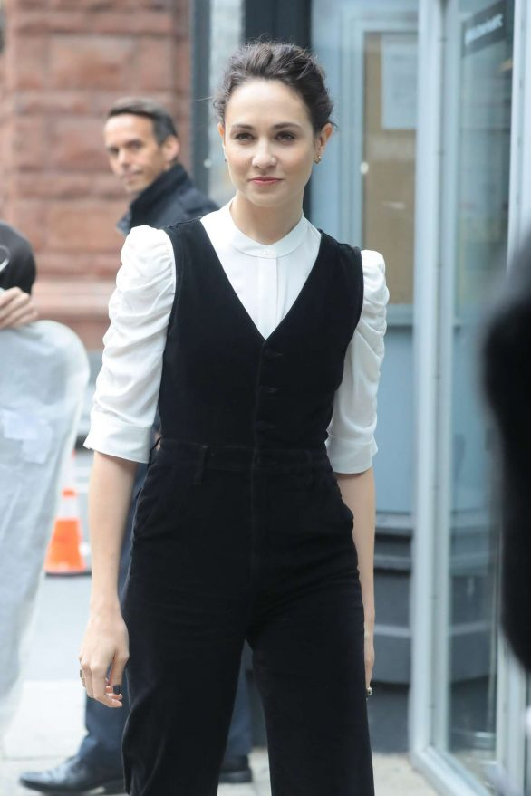 Tuppence Middleton - Arriving at Build Series Studios in New York