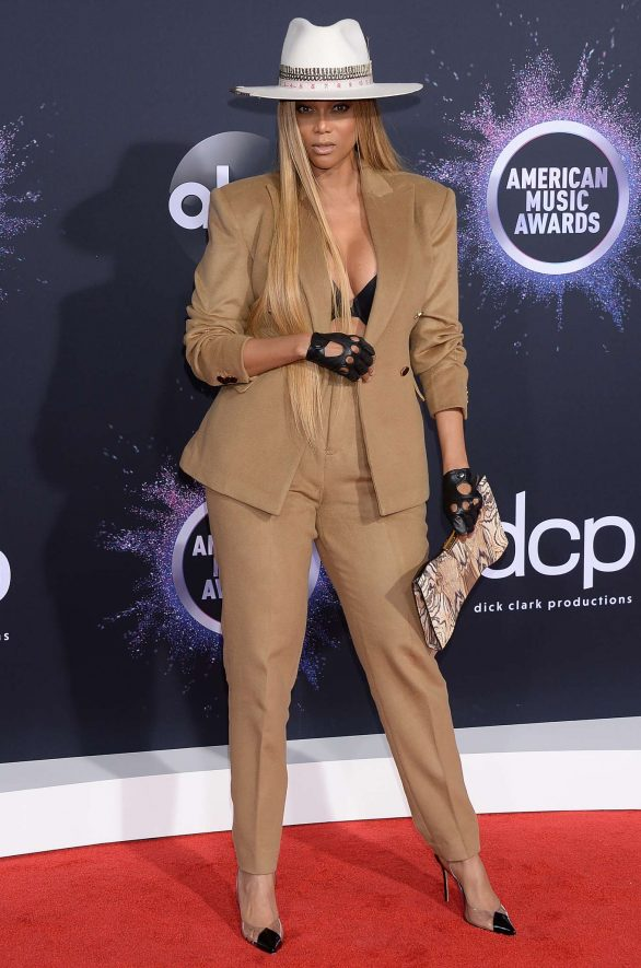Tyra Banks - 2019 American Music Awards in Los Angeles