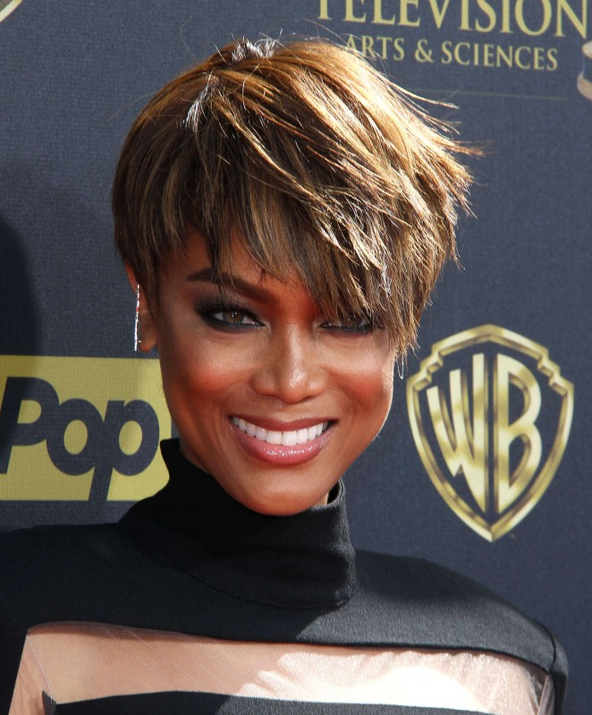 Tyra Banks Awards: Tyra Banks: 2015 Daytime Emmy Awards -09