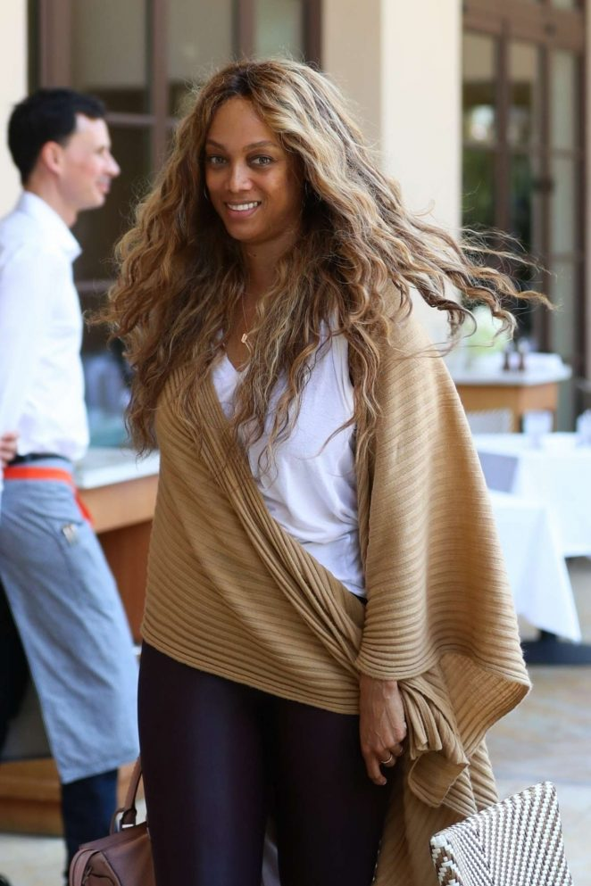 Tyra Banks - Grabs Some Lunch at Montage in Beverly Hills