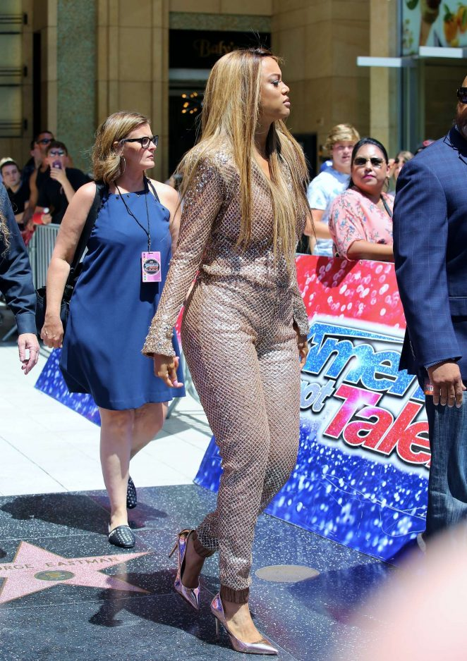 Tyra Banks - Simon Cowell Star On The Hollywood Walk Of Fame Ceremony in LA