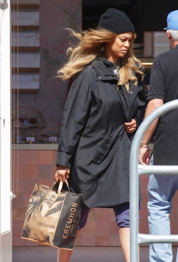 Tyra Banks with boyfriend Louis Belanger-Martin - Out for shopping in Los Angeles
