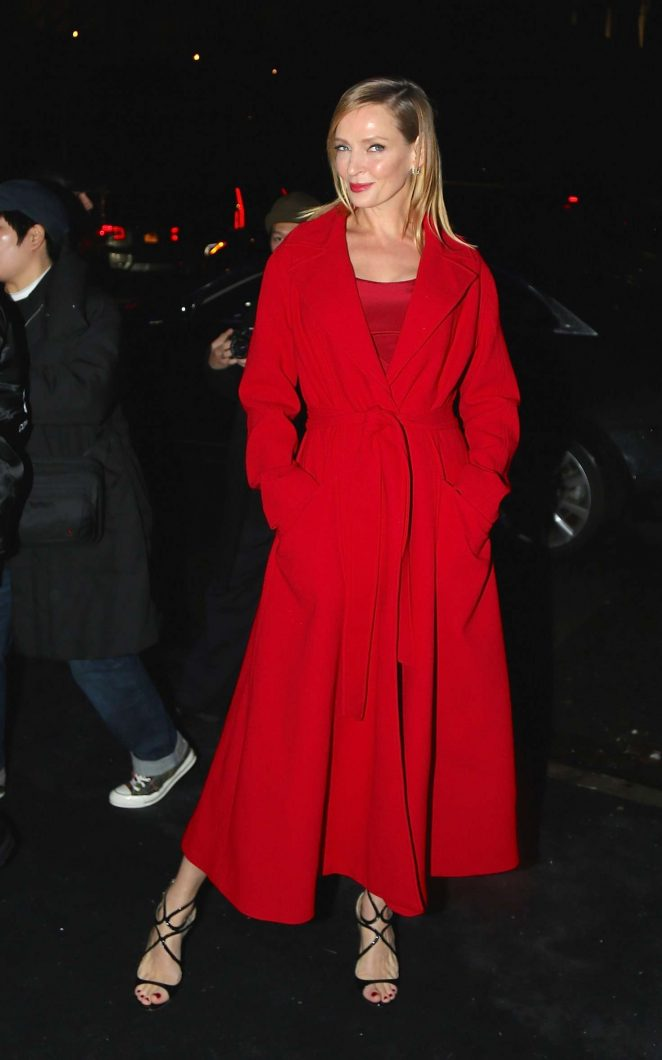 Uma Thurman – Arrives at the Versace Fashion Show in New York