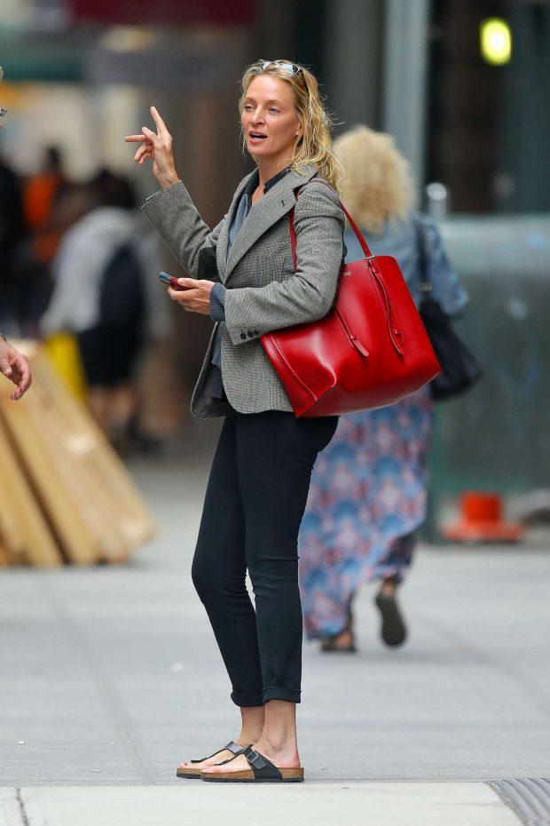 Uma Thurman - Leaving a hair salon in New York City