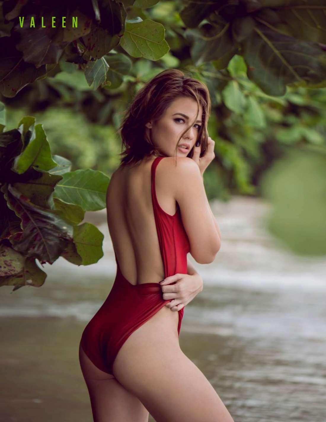sexy naked teacher sucking