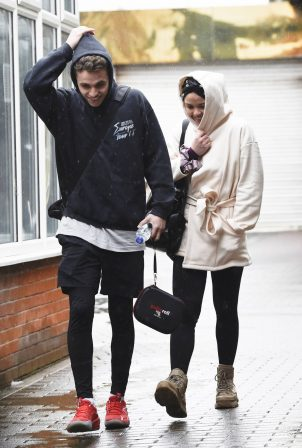 Vanessa Bauer - Seen leaving Dancing on Ice training in Manchester