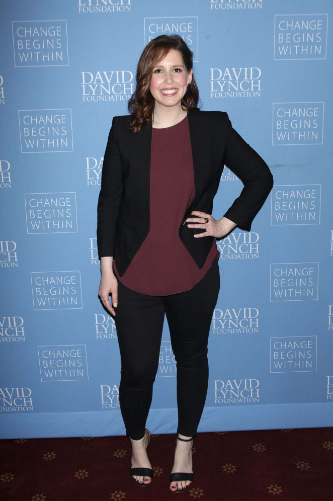 Vanessa Bayer: David Lynch Foundation Benefit for Veterans with PTSD -03