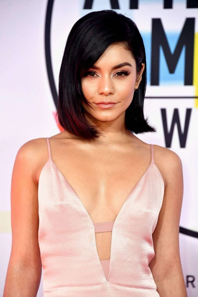 Vanessa Hudgens - 2018 American Music Awards in Los Angeles