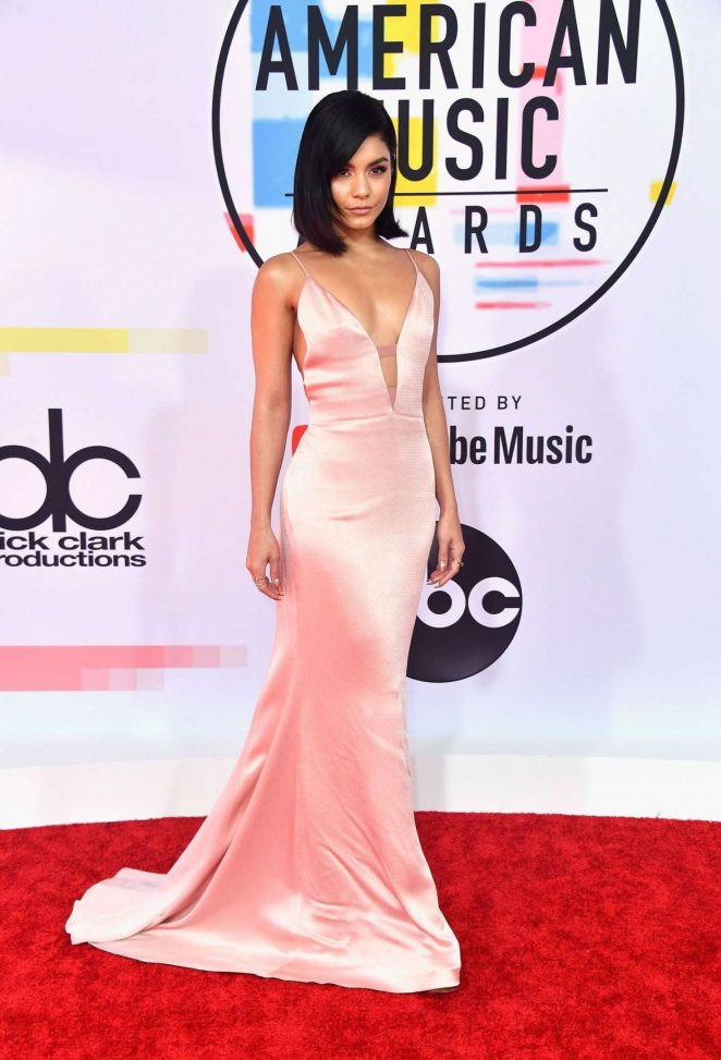 Vanessa Hudgens: 2018 American Music Awards -10
