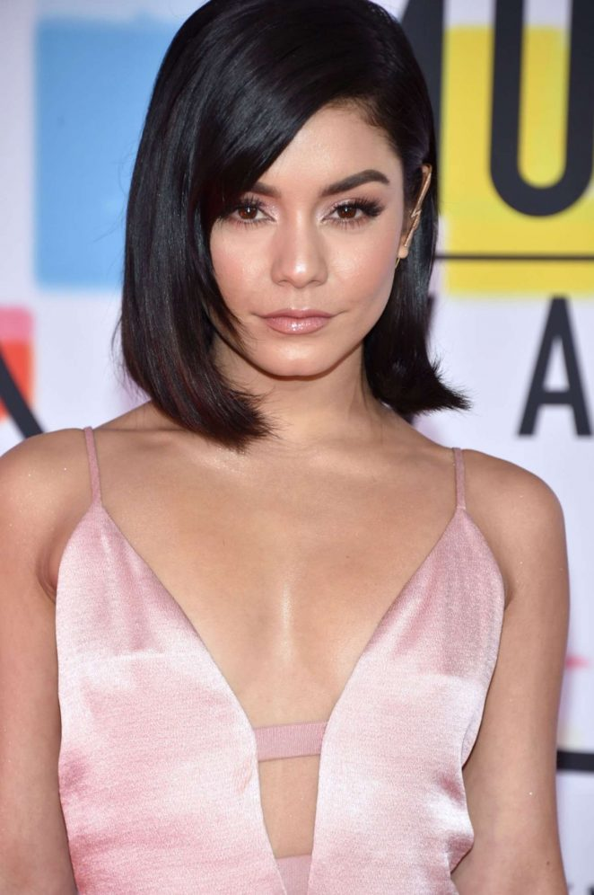 Vanessa Hudgens: 2018 American Music Awards -15
