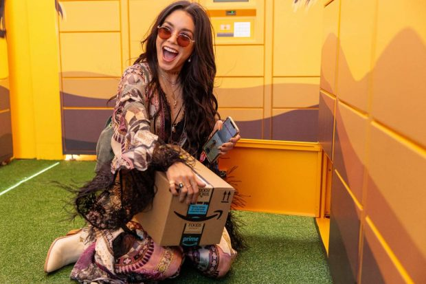 Vanessa Hudgens 2019 : Vanessa Hudgens: Amazon Lockers at Coachella -01