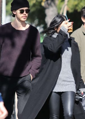 Vanessa Hudgens and Austin Butler - Heads off to a sushi lunch in Los Feliz