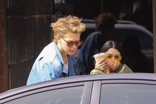 Vanessa Hudgens and Austin Butler out in Los Angeles -03