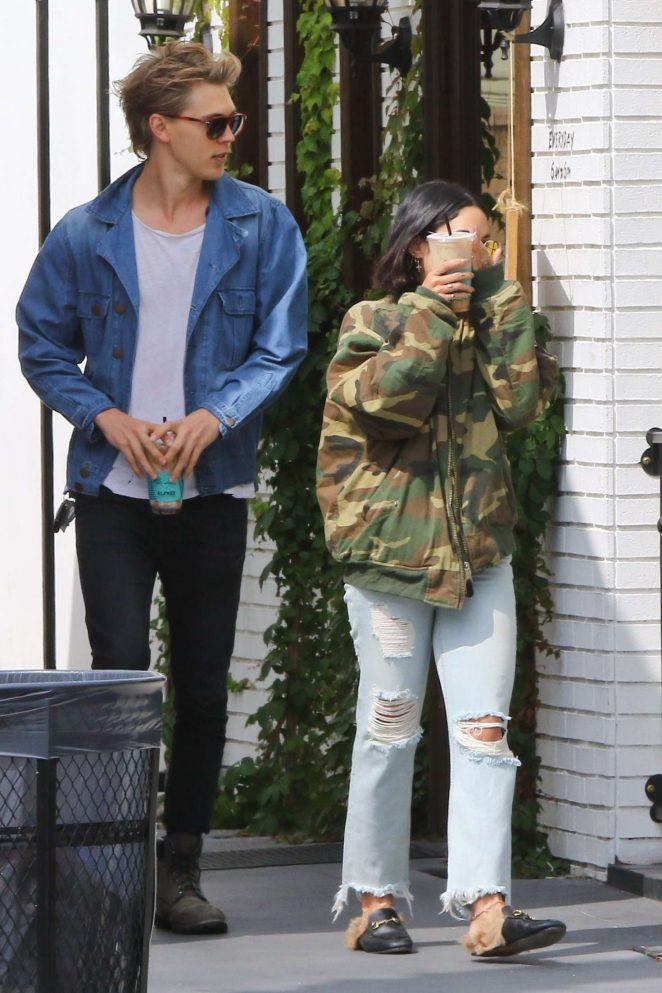 Vanessa Hudgens and Austin Butler out in Los Angeles -16